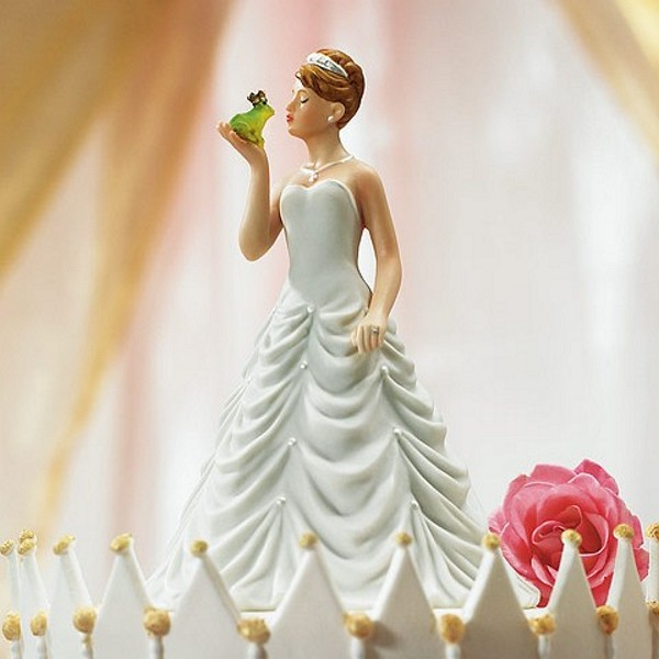 Princess Bride Kissing Frog Cake Topper - Front View