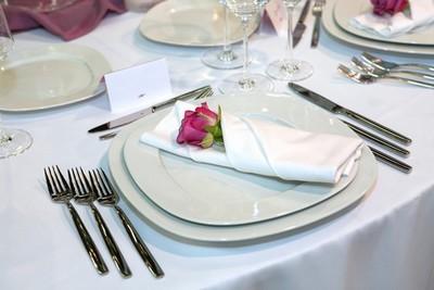 Ask Any Bride Who Is Planning A Wedding Every Little Detail Mattersï ½ Including How The Napkins Are Folded
