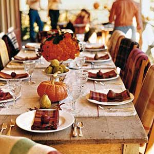 Thanksgiving tablesetting courtesy of bhg.com