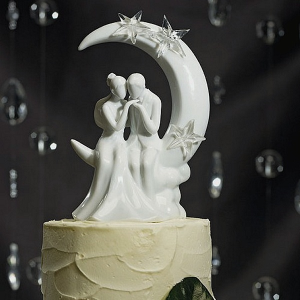 'Written in the Stars' Bride and Groom Figurine Cake Topper