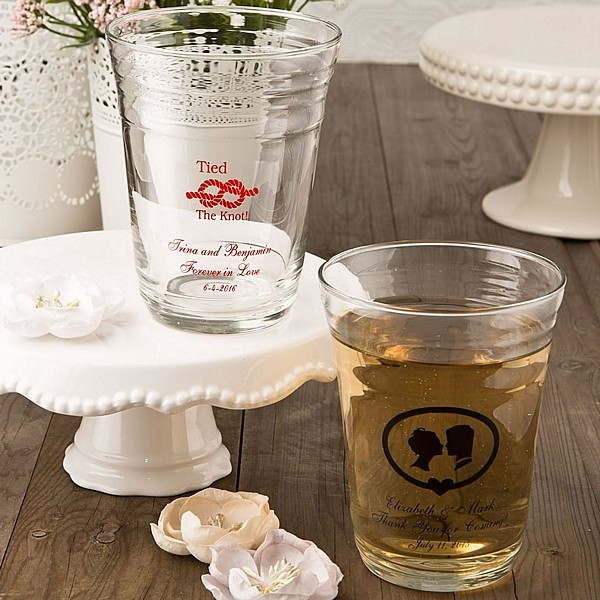 Gift Table At Wedding Reception: Personalized Glassware Favors