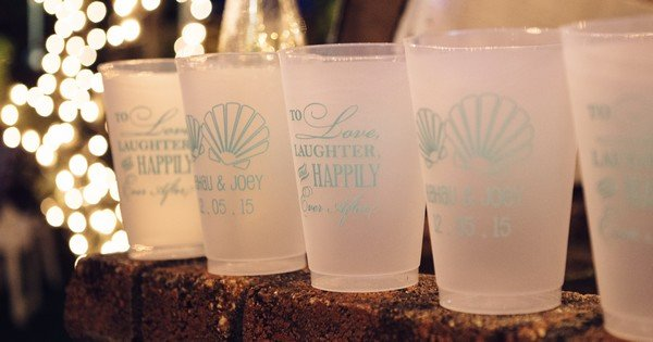 Frosted reusable 16 Oz. cups personalized for Hawaii wedding