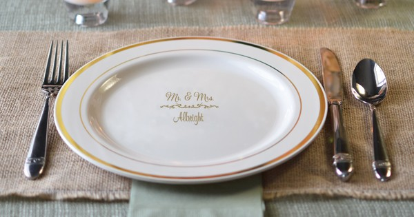 Custom printed gold trim wedding dinner plate & Custom Printed Plastic Wedding Dinner Plates