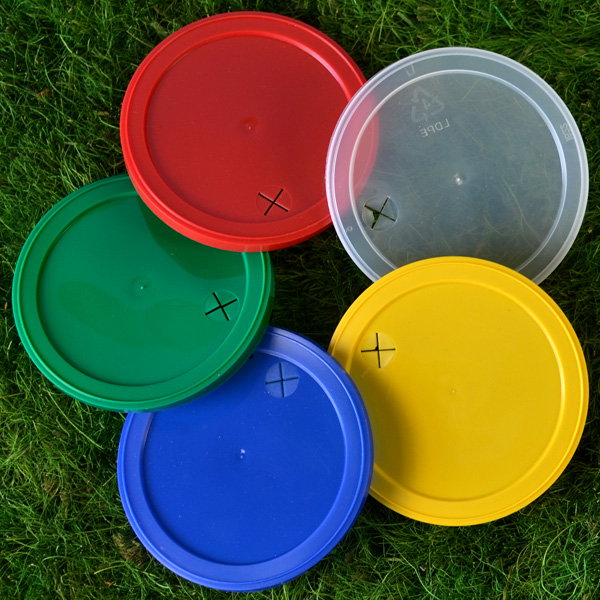 22 Oz. Plastic Stadium Cup Lids in Assorted Colors