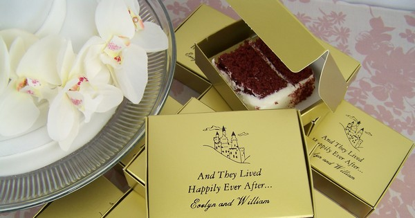 Personalized wedding cake favor boxes