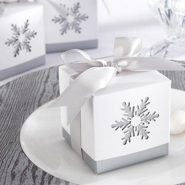 2 x 2 Two-piece favor boxes with laser cut snowflake design in silver and white