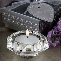 Multifaceted diamond shaped crystal glass candle holder