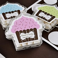 Personalized cupcake shaped acrylic candy favor boxes