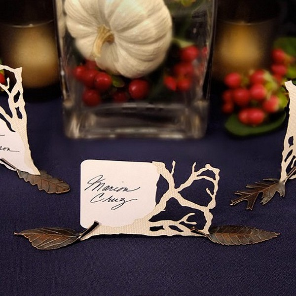 Bronze finished metal leaf shaped card holders