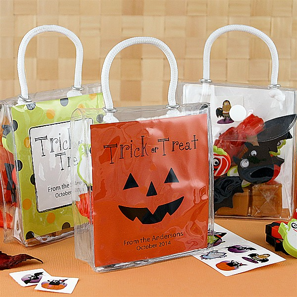 3 x 3 minit tote bag favors with personalized Halloween design insert cards