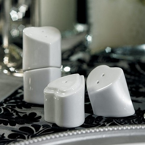 'Heart to Heart' Interlocking Salt and Pepper Shakers
