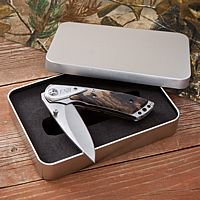 Personalized lock blade knife and tin gift case