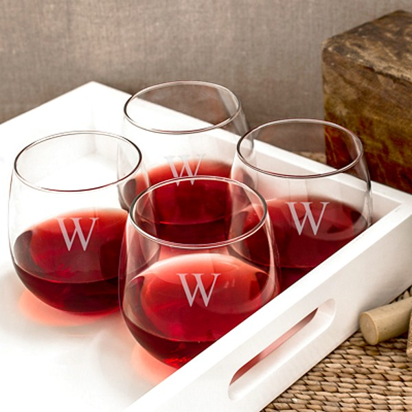 16 Ounce wine glass with traditionally rounder and wider shape perfect for holding red wines