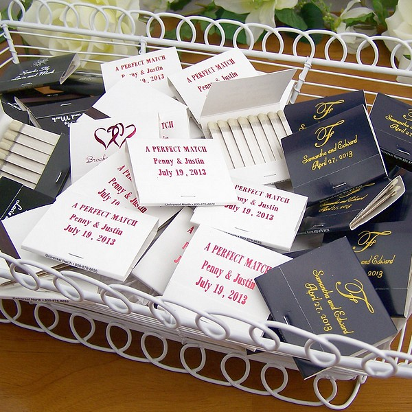 Personalized 30 strike matchbooks in assorted colors